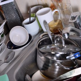 Hacks for Cleaning Pots and Pans